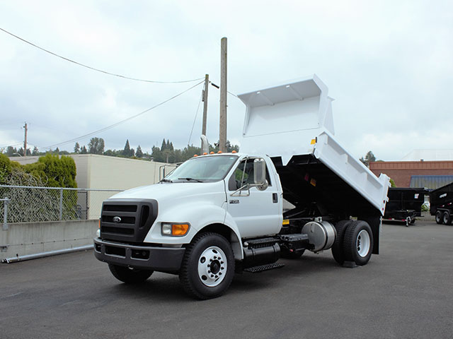 2009 FORD F750 5 Yard Dump Truck from Town and Country Truck and Trailer Sales, Kent (Seattle), WA.
