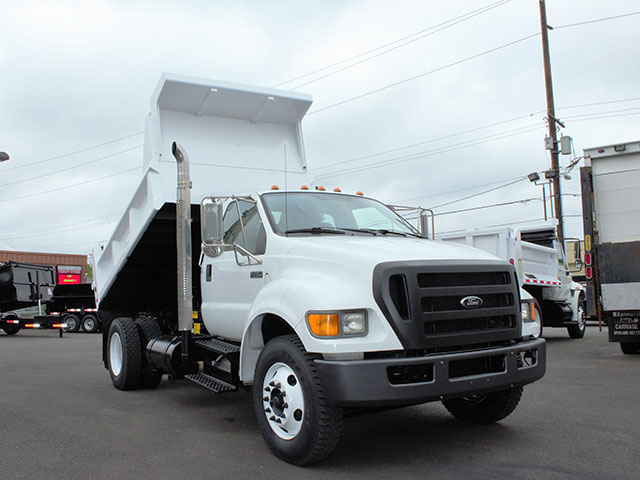 6555.C. 2009 FORD F750 5 Yard Dump Truck from Town and Country Truck and Trailer Sales, Kent (Seattle), WA.