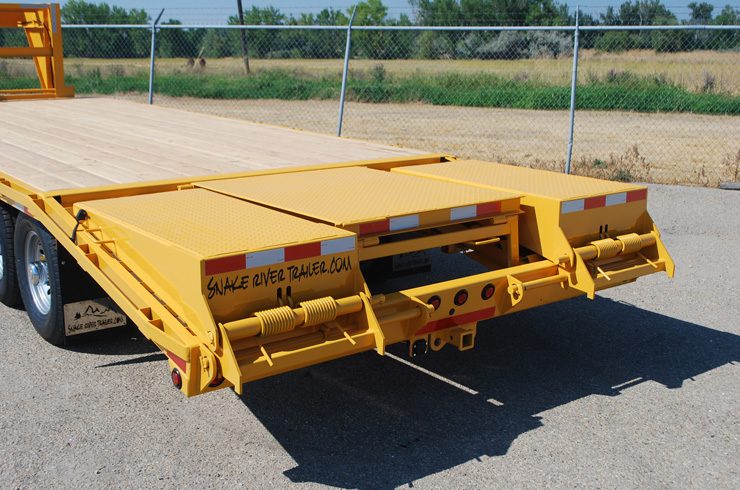 7. Snake River 14K Gooseneck Trailer from Town and Country Commercial Truck and Trailer Sales, Kent (Seattle), WA