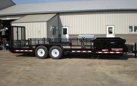 A. HE Series Side Dump Flatbed Trailers from Town and Country Commercial Trailer and Truck Sales, Kent (Seattle), WA