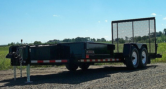 D. HE Series Side Dump Flatbed Trailers from Town and Country Commercial Trailer and Truck Sales, Kent (Seattle), WA