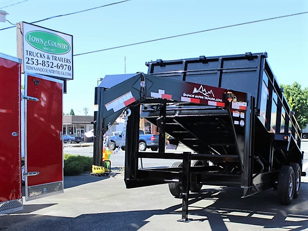 GN6. Snake River gooseneck trailers from Town and Country Truck and Trailer, Kent (Seattle) WA