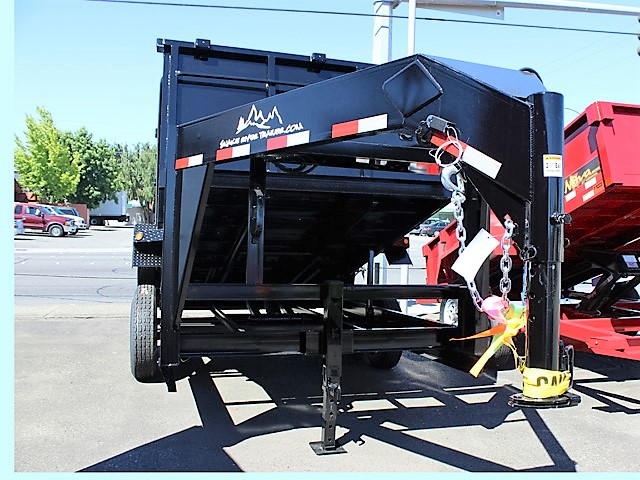 GN7. Snake River gooseneck trailers from Town and Country Truck and Trailer, Kent (Seattle) WA