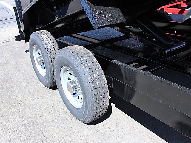 GN9. Snake River gooseneck trailers from Town and Country Truck and Trailer, Kent (Seattle) WA