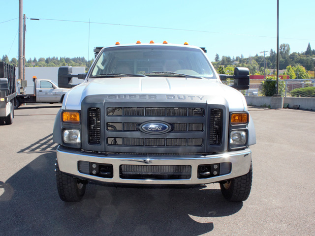 6470.D. 2008 Ford F450 Super Duty 4x4 Crewcab 8 ft. Flatbed Truck from Town and Country Truck and Trailer Sales, Kent (Seattle), WA.