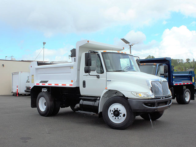6553.B. 2008 International 4300 6-7 Yard Dump Truck from Town and Country Truck and Trailer Sales, Kent (Seattle), WA.