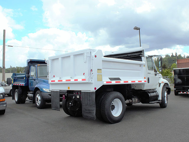 6553.J. 2008 International 4300 6-7 Yard Dump Truck from Town and Country Truck and Trailer Sales, Kent (Seattle), WA.